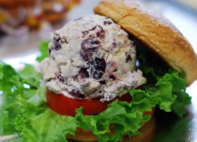 Chunky All-White Chicken Salad